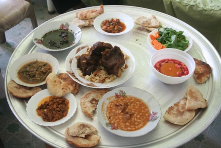 Sudanese cuisine--looks tasty,doesn't it?
