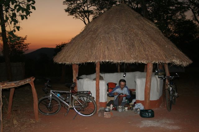 Camping World Headquarters >> Update 18 Zambia,Zimbabwe and Botswana World Biking Africa