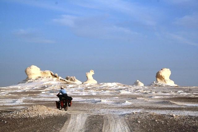 IMG_1736-cycling-amaya-whitedesert