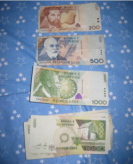 money albania