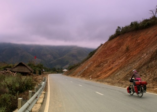 amaya cycling vietnam (Hanoi to the Highlands)