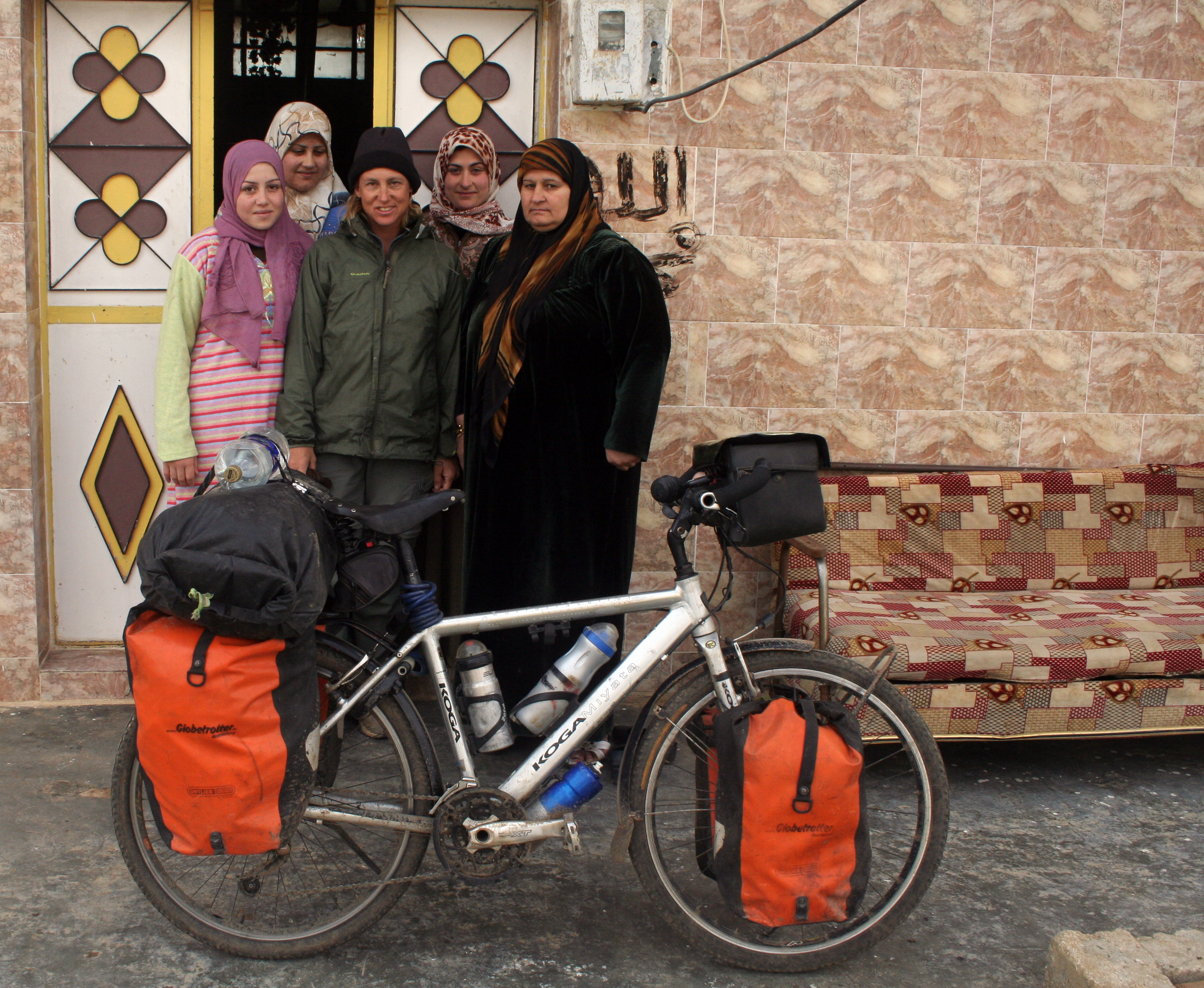 bicycle traveler in Syria