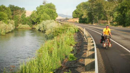 easy-riding-from-dayville-to-prairie-city-on-the-old-west-scenic-bikeway-eastern-oregon_27025684603_o